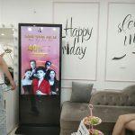 Giới thiệu dịch vụ,thông tin sản phẩm bằng màn hình quảng cáo LCD