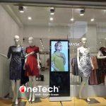Có nên sử dụng màn hình quảng cáo LCD tại cửa hàng thời trang ?