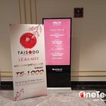 3 Lợi ích khi sử dụng màn hình quảng cáo chân đứng tại khách sạn